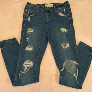 Ripped Garage jeans size 9